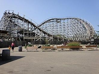 Outlaw (roller coaster) - Image: Outlaw, Adventureland