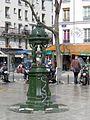 P1010862 Paris XIX Boulevard de Belleville Fontaine Wallace reductwk.JPG