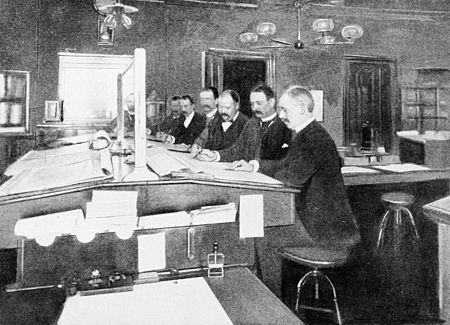 PSM V45 D348 Forecasters at work in washington.jpg