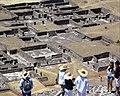 Palacio del Sol desde la Pirámide del Sol - Teotihuacan.jpg