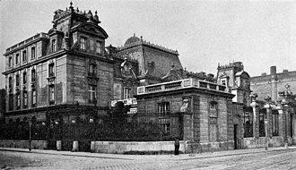 Palais Albert Rothschild - Image: Palais Albert Rothschild perspective view entrance front Kortz 1906 p 397 (adjusted)