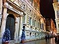 Palazzo Doria-Tursi facciata e decorazioni festività natalizie.jpg