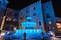 Palazzo del Podestà (blu per la giornata mondiale dell'Autismo).JPG