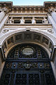 Palazzo della Banca d'Italia (Milano) Arcch. Broggi e Nava (1908-1913) Dettaglio dell'ingresso.jpg