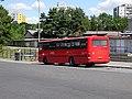 Pardubice, autobusové nádraží, autobus ve výstupní zastávce.jpg