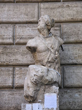 Pasquino Group - The Pasquino fragment still shows the warrior's eroded hand on the limp torso
