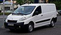 Peugeot Expert (II, Facelift) – Frontansicht, 15. Juli 2012, Ratingen.jpg