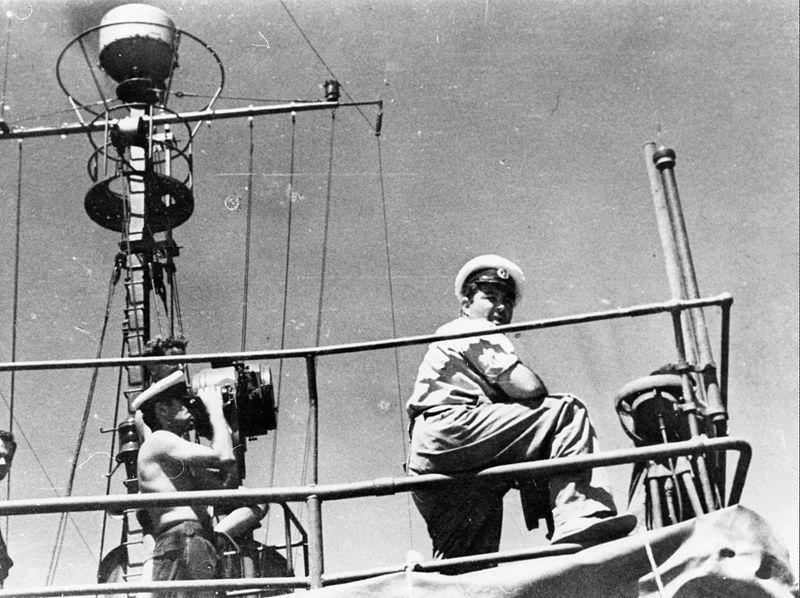 שייטת 13 - על גשר הספינה בן-הכט