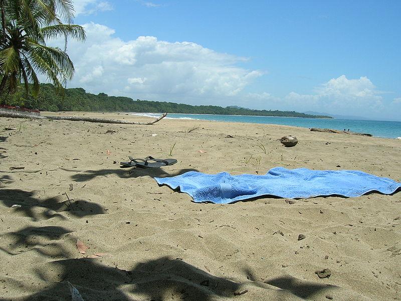 File:Playa de Manzanillo, Costa Rica.jpg