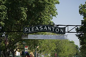 Pleasanton main street sign.jpg