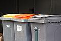 Plusieurs poubelles d'extérieur à Rennes.jpg