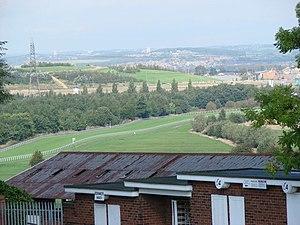 Pontefract Racecourse - Image: Pontefract Racecourse seen from Park Hill, Pontefract geograph.org.uk 250564