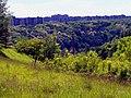 Praha - View SW over Prokopské údolí towards Nový Barrandov.jpg