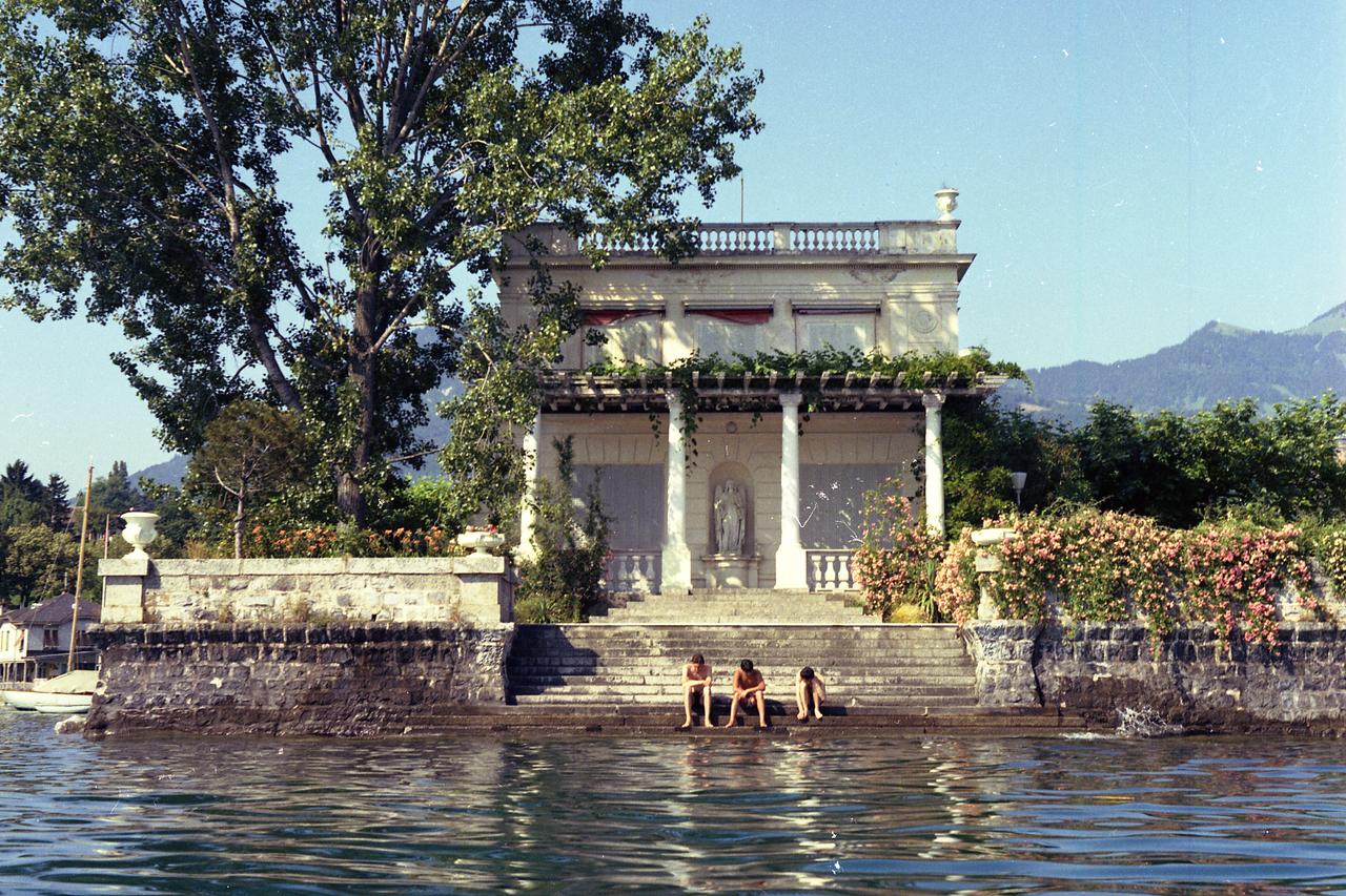 Lake Geneva Resort And Spa