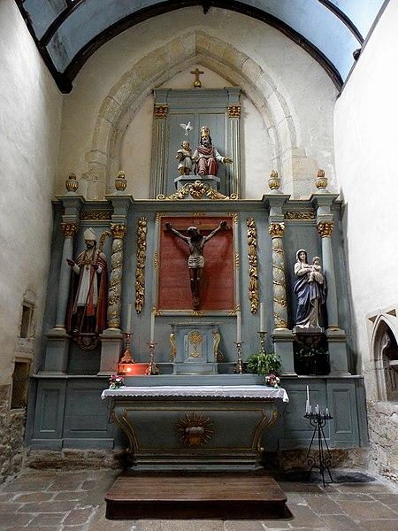 Église Saint-Beheau de Priziac (56). Chœur.