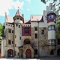 Pullach, Burg Schwaneck, Hof, 4.jpeg