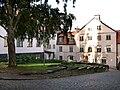 Rådhusplan, Visby, Kv Anexet 3 och parken framför.jpg