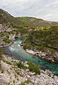 Río Moraca, norte de Podgorica, Montenegro, 2014-04-14, DD 02.JPG