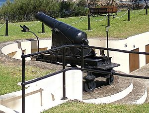 68-pounder gun - RML 80-pounder 5 ton gun at Smiths Hill Fort, Wollongong, NSW, Australia.
