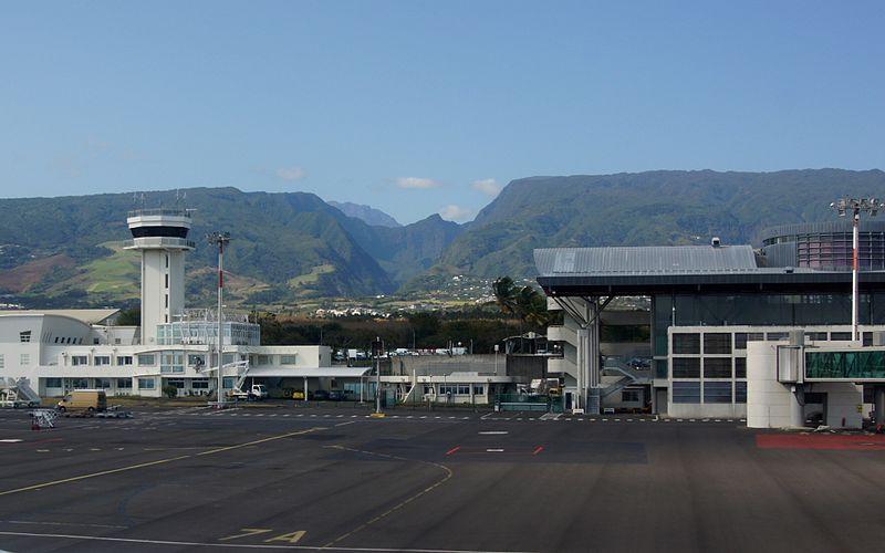 L'aéroport de Roland Garros à Sainte-Marie
