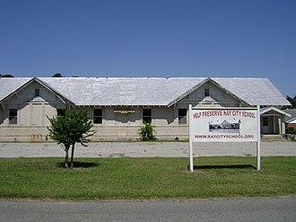 Ray City, Georgia - Image: Ray City High School Historic