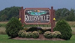 ReedsvilleWisconsinWelcomeSign.jpg