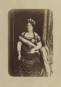 Reina Isabel II de España.jpg