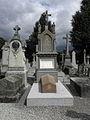Rennes (35) Cimetière du Nord Tombe des prêtres de Saint-Aubin.jpg
