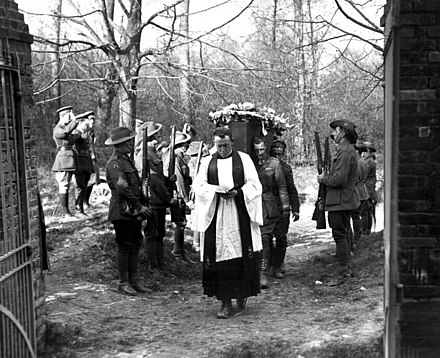 No. 3 Squadron AFC officers were pallbearers and other ranks from the squadron acted as a guard of honour during the Red Baron's funeral on 22 April 1918. Richthofen funeral.jpg