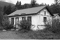 Rising sun auto camp wikipedia for Rising sun motor inn cabins