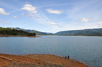 Course of the Rogue River (Oregon) - View of Lost Creek Lake, looking east from the top of the William L. Jess Dam