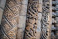 Romanesque engaged columns, west door of Lincoln Cathedral 01.jpg