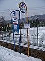 Roztoky u Křivoklátu, zastávka u školy (01).jpg