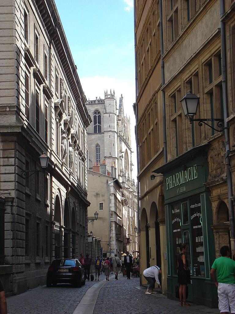 Restaurant Rue Republique St Jean De Luz