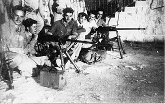 Hotchkiss M1929 machine gun - Yiftach Brigade with their Hotchkiss machine guns during the battle for Safed, 1948