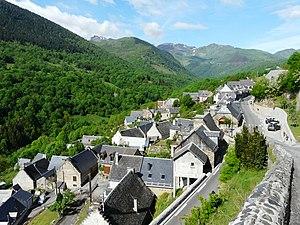 Saint-Aventin - Image: Saint Aventin village
