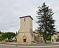 Saint-Macoux 86 Église&place 2013.jpg