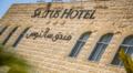 Saltus hotel.png