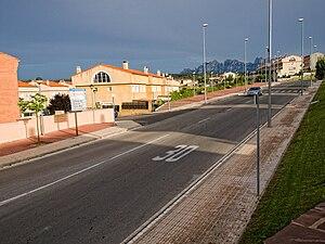 Sant Salvador de Guardiola - Sant Salvador de Guardiola with Montserrat behind