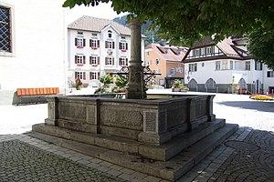 Schruns_Kirchplatz_Brunnen-2.jpg