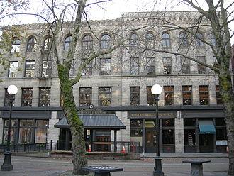 Union Trust Building (Seattle) - The Union Trust Building (left) and Union Trust Annex (right), 2007