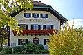 Seebruck - Ortsmitte (12) - Rathaus (44606039752).jpg