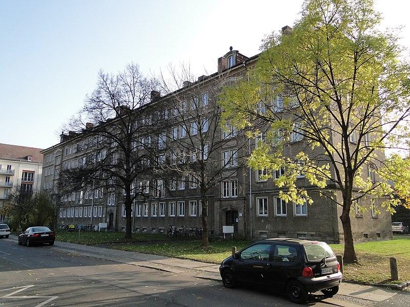 Datei:Seidnitzer Straße 8-12 Dresden.JPG