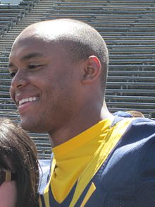Shane Vereen at 2010 Cal Fan Appreciation Day 1.JPG