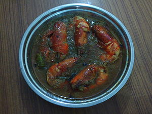 English: Traditional shrimp curry as prepared ...