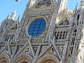 Siena - Duomo - window - panoramio.jpg