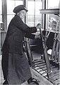 Signalwoman Birmingham 1918.jpg