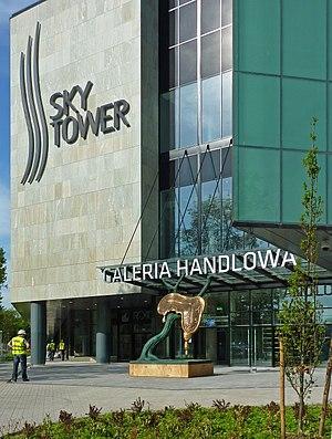 Sky Tower (Wrocław) - Image: Sky Tower Salv Dali 2