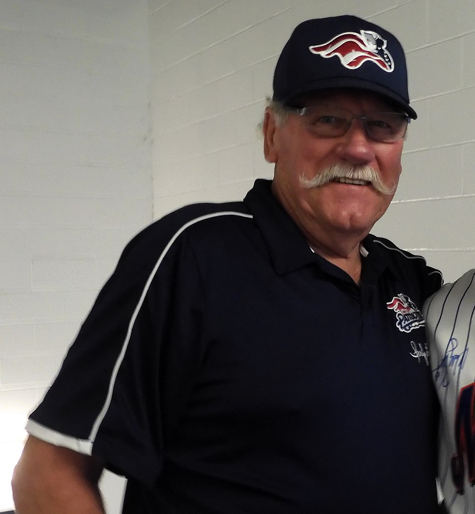 Sparky Lyle (48032437317) (cropped)