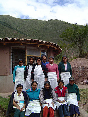 Indigenous peoples of the Americas - Quechua women in Andahuaylillas, Peru